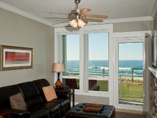Sea To Believe - Oceanfront Condo, Private Hot Tub, Indoor Pool, Wifi & More!
