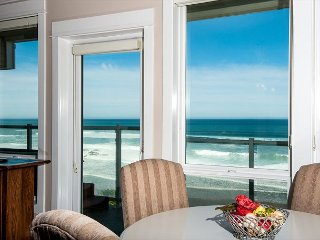Shared Dream - Corner 2nd Floor Oceanfront Condo, Private Hot Tub, Indoor Pool!