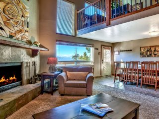 Luxury Lakeview Condo Ski-In/Ski-Out location
