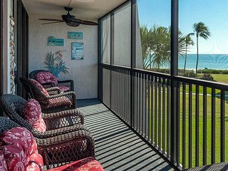 Sundial D305 gulf view completely renovated resort style condo