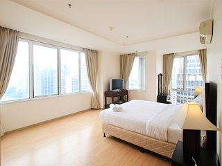 3BR Primest Location At FX Senayan And Sudirman By Travelio