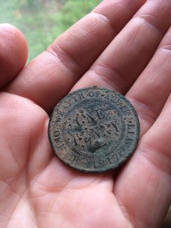The things I find while gardening... a 1917 penny!