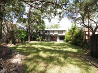 Elizabeth 422 - Kookaburra House at Vincentia - Pay for 2, Stay for 3 + 4pm Chec