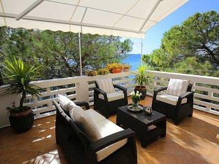 Zadar center apartment at the sea