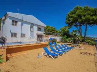 Celia - oceanfront villa in Costa Blanca