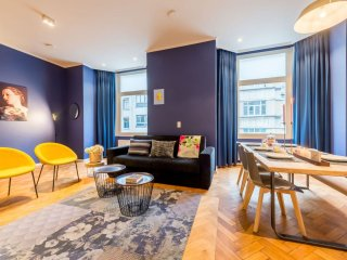 Grand-Place 202 apartment in Brussels Centre with WiFi & lift.