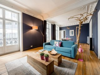 Gaité 401 apartment in Brussels Centre with WiFi & lift.