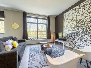 Spacious Berlaymont 402 apartment in European Quarter with WiFi & lift.