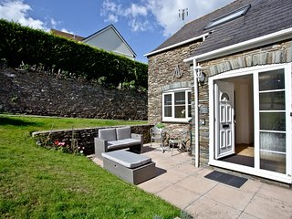 Anchor Cottage located in Strete, Devon