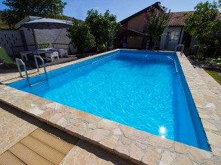 Villa Sana Sunny Apartments (App. Riverside)