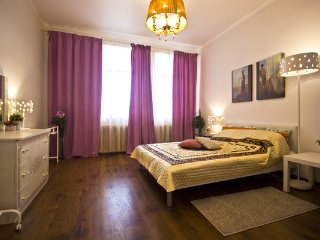 Lakshmi with 2 bedrooms near the Kremlin