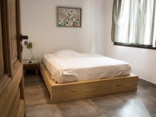 Comfortable double bed room with private bathroom