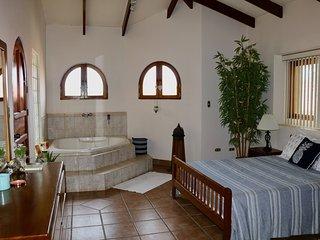 Casa Encantado ~ Dreamy 2BR 2BA BEACHFRONT Villa in Langosta/Tamarindo
