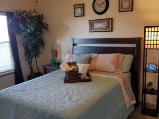 NEW LISTING! Relaxing 1BR Apt. on golf course with pool access