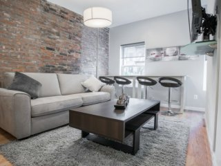 3R-GORGEOUS 1BR-2BA APT IN WEST VILLAGE WITH AIRCON