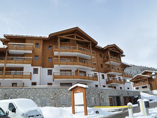 Luxury 2 bedroom apartment in Valmorel, summer/winter ski in Ski out