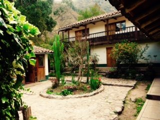 Welcome to Casita de Huaran. Rustic, ecolodge self-supply