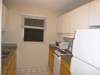 September: $95/night. Private and Quite End Unit.