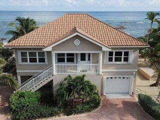 Coco Kai Beach Front Villa -Cayman Kai