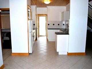 Yallingup Farm Lane Retreat - 3 Bedroom Cabin In Wine Country Southwest WA