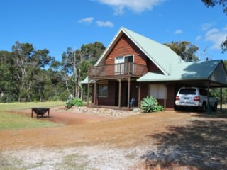 Yallingup Farm Lane Retreat - 3 Bedroom Cabin In Wine Country Southwest WA