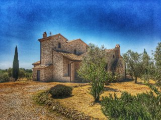 Umbrian stone country villa