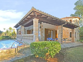 BEAUTIFUL VILLA IN BONAIRE - ALCUDIA IN THE NORTH OF MALLORCA