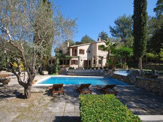 GARROVERA - Country house with swimming pool in Pollensa
