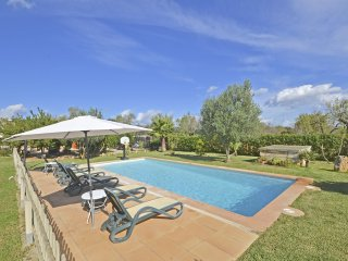 CASETA - Country house with swimming pool in Buger