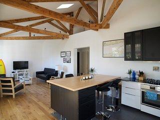 Grand Loft and Garden Studio