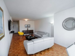 38TH ST & 1ST AVE-LUXURY 1BR APT WITH POOL-GYM-AC