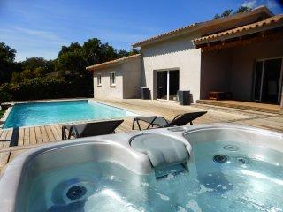 Villa 8 personnes avec piscine chauffée et Spa