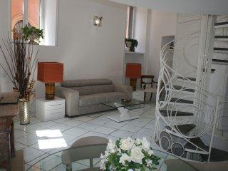 Beautiful apt in Roma & Wifi