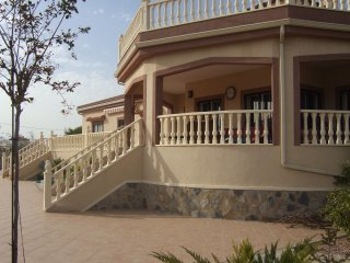 Tastefully furnished 3 Bed (all en-suite) Villa with private pool and air-con