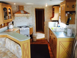 **Fantasy Island, Prestige Static Caravan, Sleeps 8, 2 Bathrooms, Stunning**