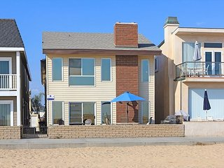 Oceanfront with Great Views! 1st Floor Duplex- Spacious Patio, Fire Pit & BBQ