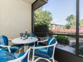 Park Shore Resort, 1st floor unit w/fantastic water views! West of hwy 41, 1.25