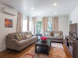 Comfy 2BD in Heart of West Hollywood