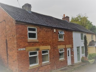9, Mill Yard Cottage, Wirksworth, Derbyshire.