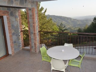 Seven Hills Agros Apartment Stunning Views