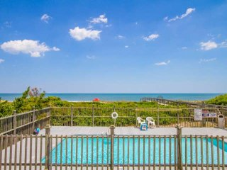 Oceanfront Condo, Top Floor with Ocean Views, Private Pool & Private Beach Acces