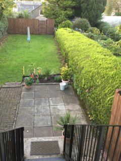 Large enclosed Garden and Drying Area. Suitable children & pets