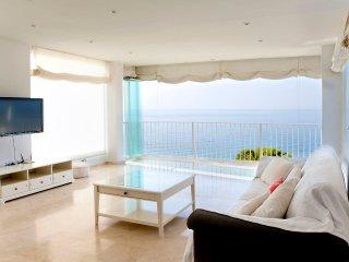 Casa con fantásticas vistas al mar