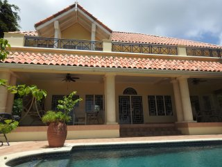 Casa La Mancha - close to Mount Irvine Bay Golf Course