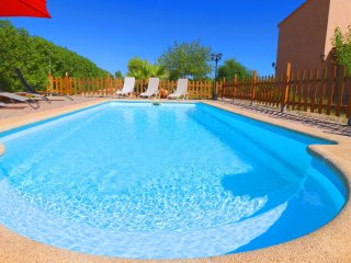 Can Olivaret, wifi free, private pool, near Es Trenc!