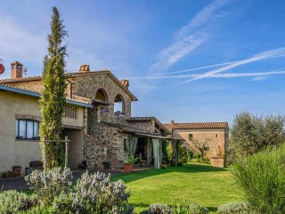 Monsole - Tuscany landscape views Holiday Home