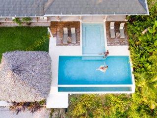 Casa La Onda - Gorgeous Ocean and mountain view zen villa- perfect for families