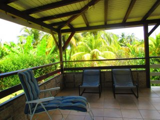 House with 2 bedrooms in Goyave, with enclosed garden - 70 m from the beach