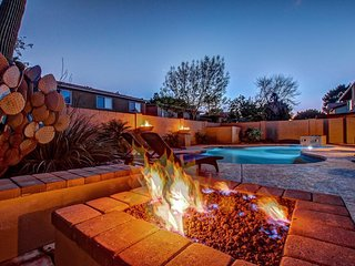 Scottsdale-Tempe (ASU) Spacious Estate - Backyard Oasis w/Heated Pool,Spa,Fire