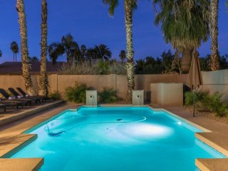 Scottsdale Stays ❤️ Verde Estate Sleeps 22 with a Heated
